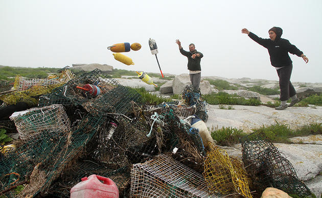 Collecting Lobster Gear